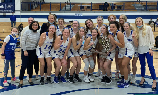 Team Photo of Bishop Chatard girls basketball sectional win